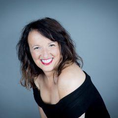 Anne Roumanoff fêtera ses 30 ans de carrière à l'Olympia !