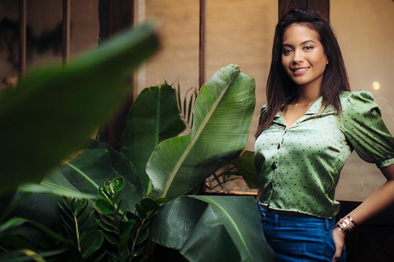 Vaimalama dévoile une vidéo acoustique de son nouveau titre «Porque te vas»