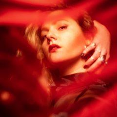 DONAMARIA : son clip libérateur «Redmoon» avant son premier EP