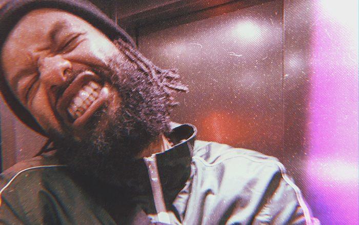 FK se prend pour «Johndoe» dans son nouveau clip qui annonce l'EP «Mauvaise Herbe» !